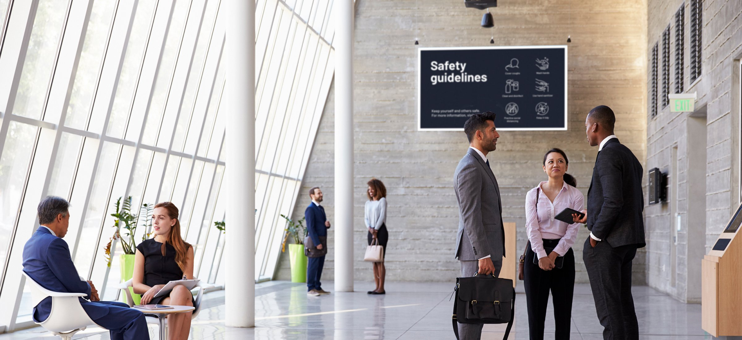 How digital signage can promote safety and awareness in shared spaces at work